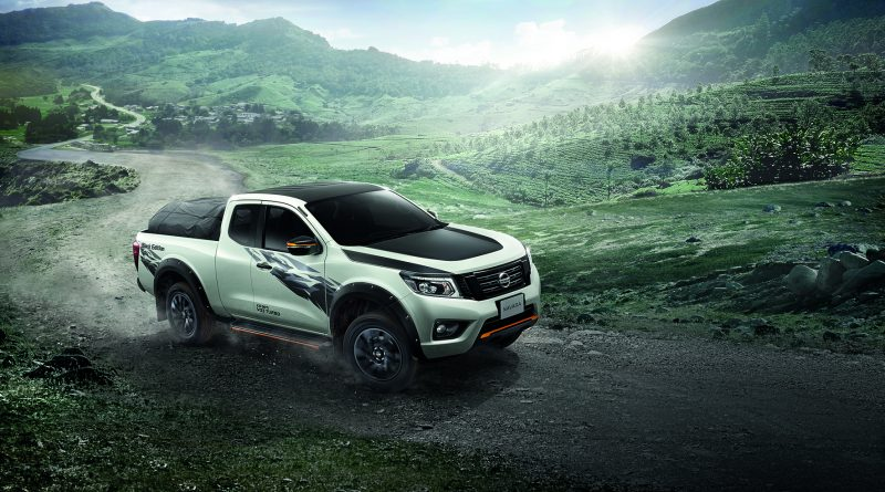 Navara Black Edition-01
