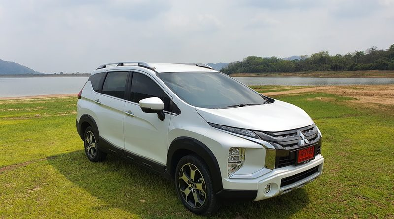 Mitsubishi Xpander Cross open