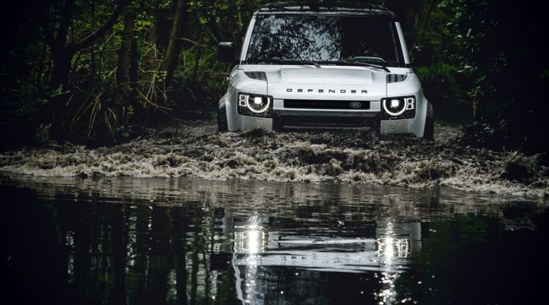 Land Rover Defender 2020 Pic Open